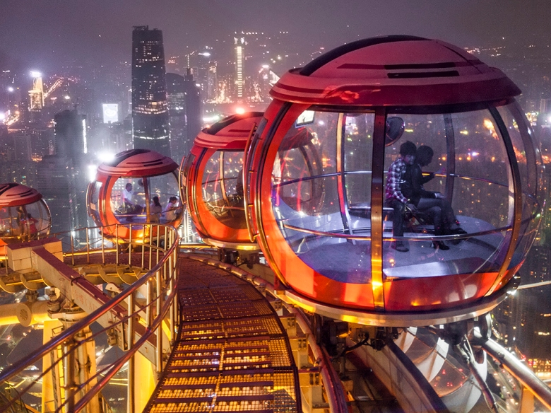 bubble tram.jpg