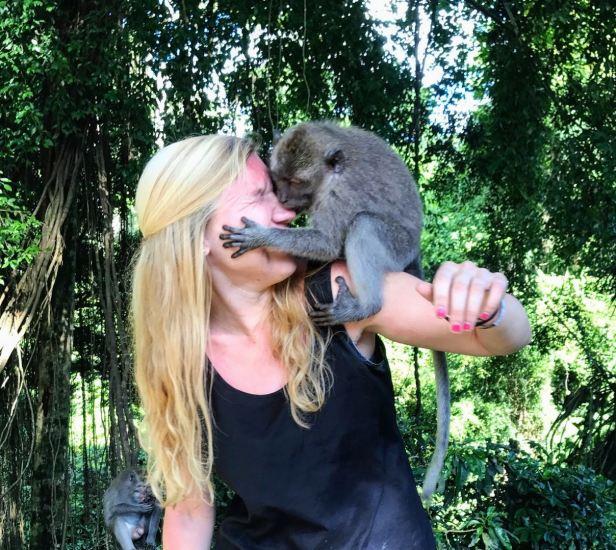 monkey kiss.jpg